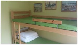 Sängar gäststuga